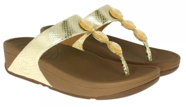 de8eb8c51b031 The Petra Sandal from FitFlop is that perfect beach to bar sandal. Whether  you re sunning it up or sipping on a cocktail