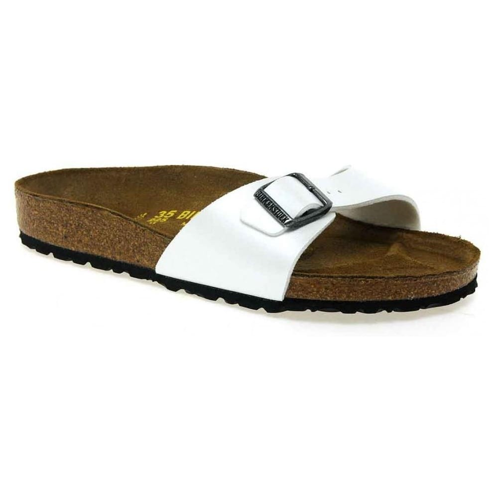 df07342cc06255 FitFlop Women s Linny Toe-Thong Sandals - Leather