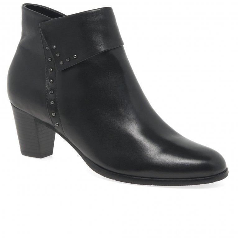 Regarde Le Ciel Sonia 23 Womens Studded Glove Leather Ankle Boots